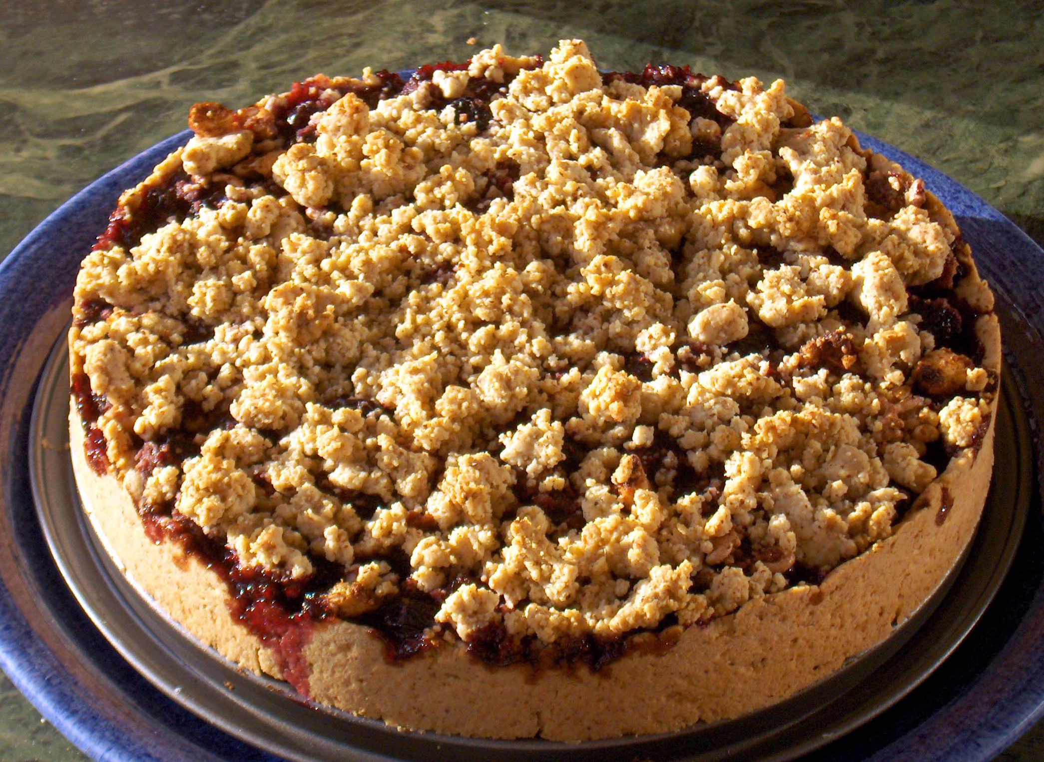 """Cherry Crumble Tart: A Tart with a """"Wow Factor"""" 