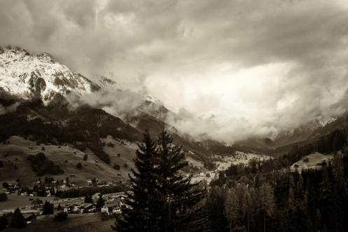 Klosters900 BW wm no boder_edited-1